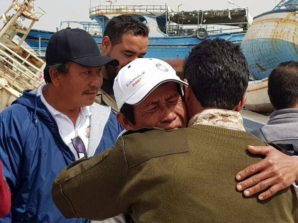 Kisah 6 WNI Disandera Kelompok Bersenjata Selama 6 Bulan di Libya