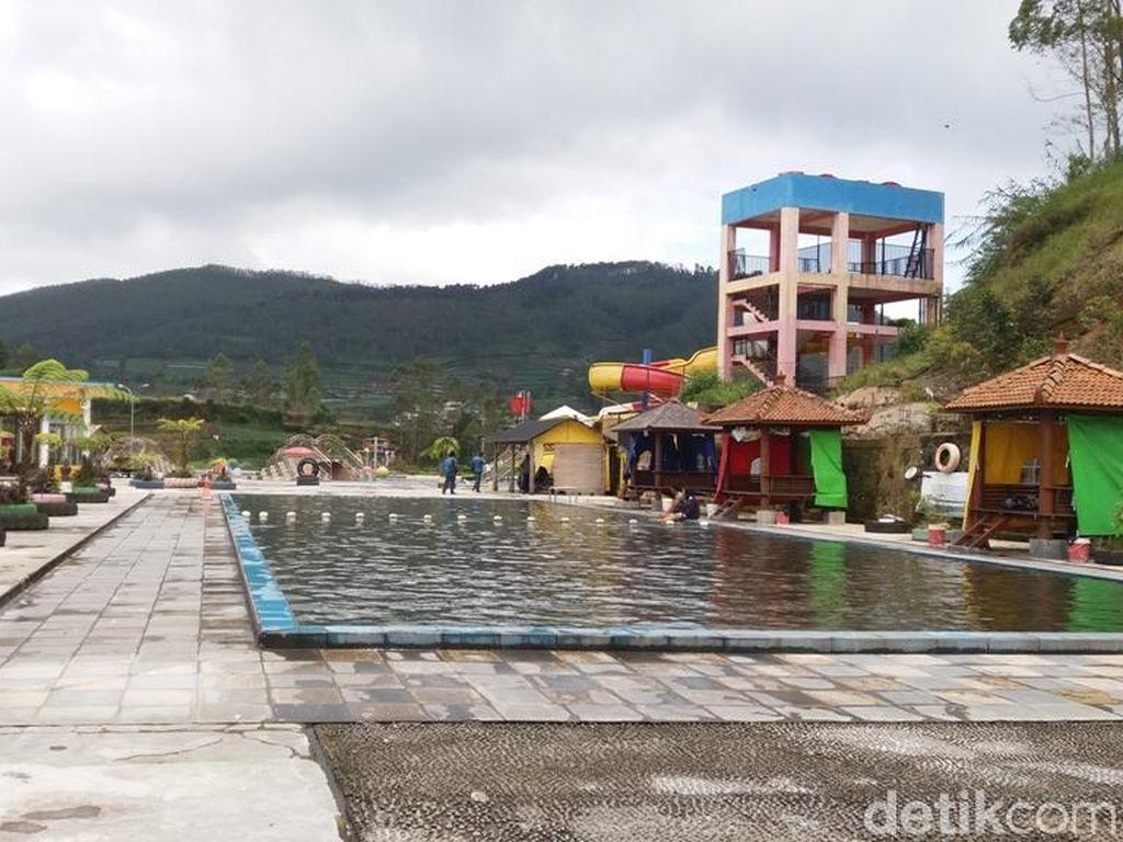 Kawah Sileri Dieng Meletus, Pemandian Air Panas Dqiano Ditutup