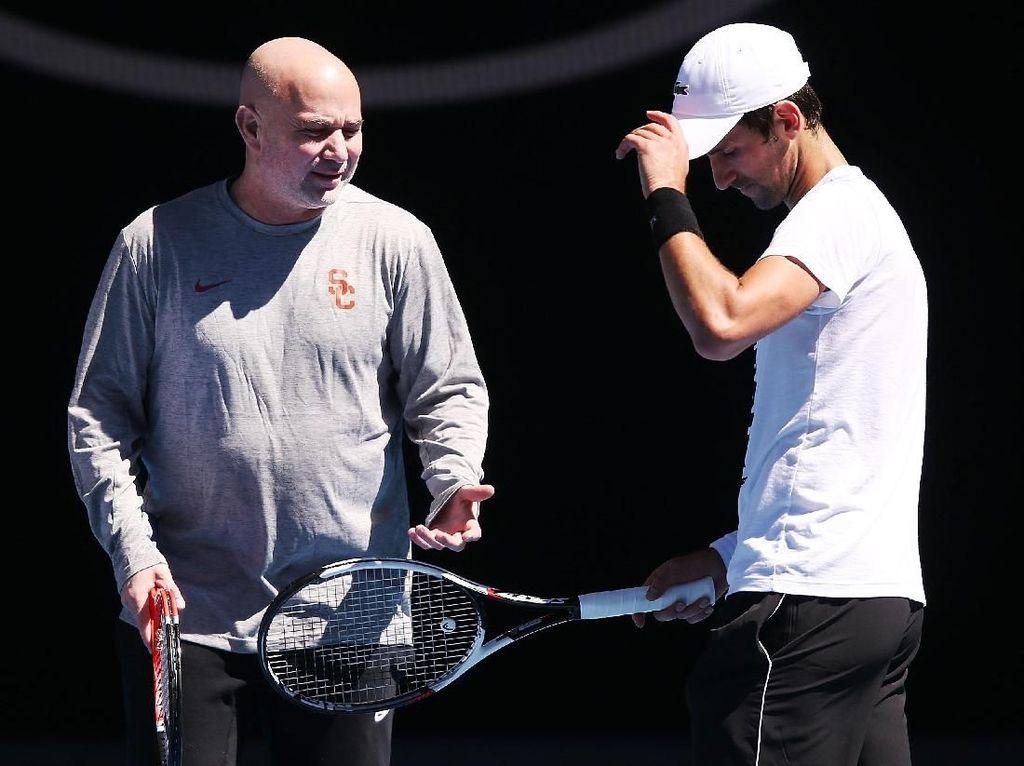 Djokovic dan Agassi Pisah Jalan