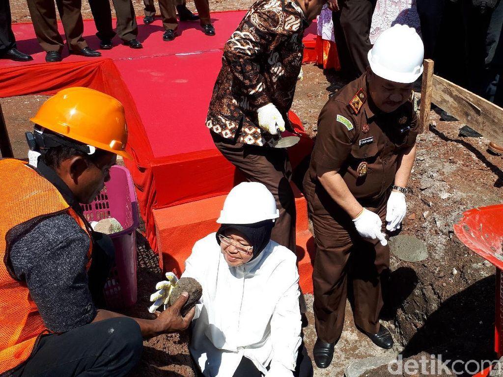 Bangun Rumdin Kajati Jatim, Pemkot Surabaya Hibahkan 1.110 M2
