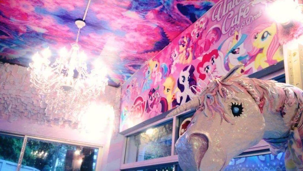 Foto: Ada Kafe Unicorn di Bangkok, Menggemaskan!