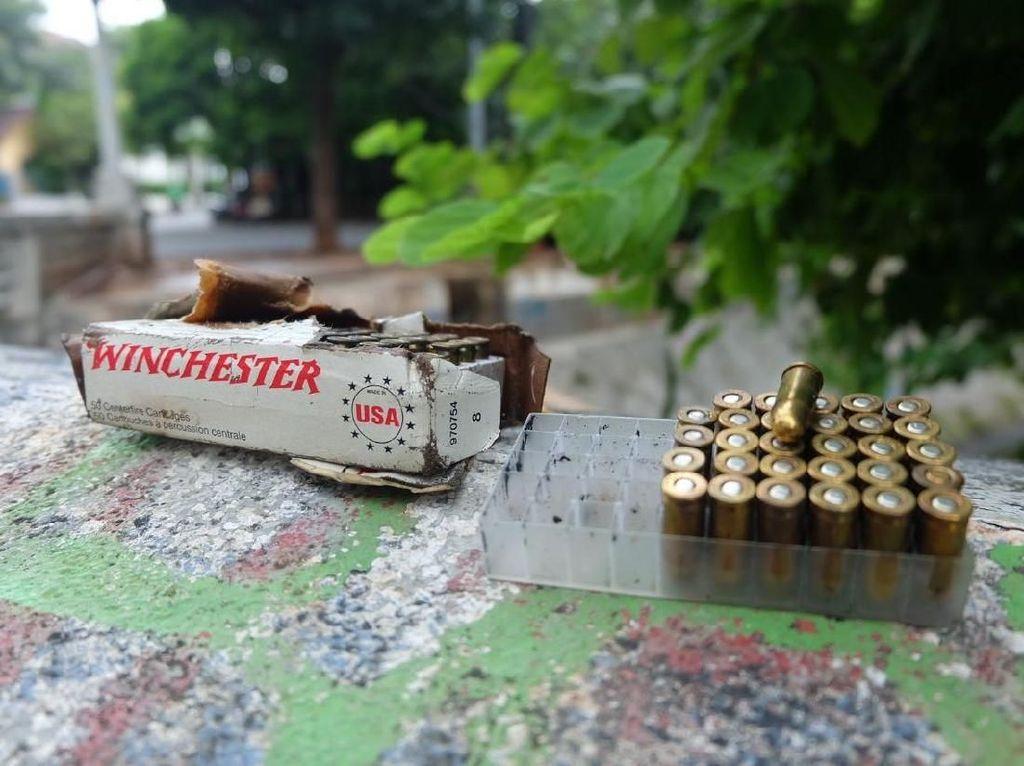 Ini 74 Peluru yang Kagetkan Petugas Saat Bersihkan Kali di Menteng
