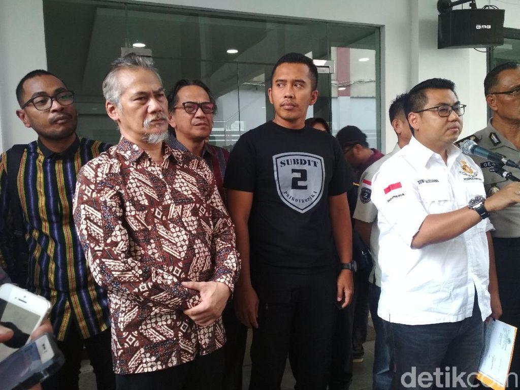 Tio Pakusadewo Kangen Main Sepakbola dan Akting