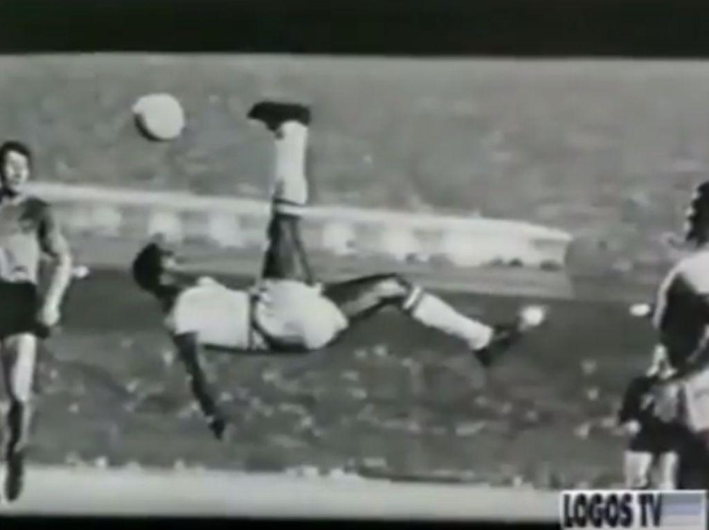 Pele Tak Bisa Dibandingkan, Bahkan dengan Messi