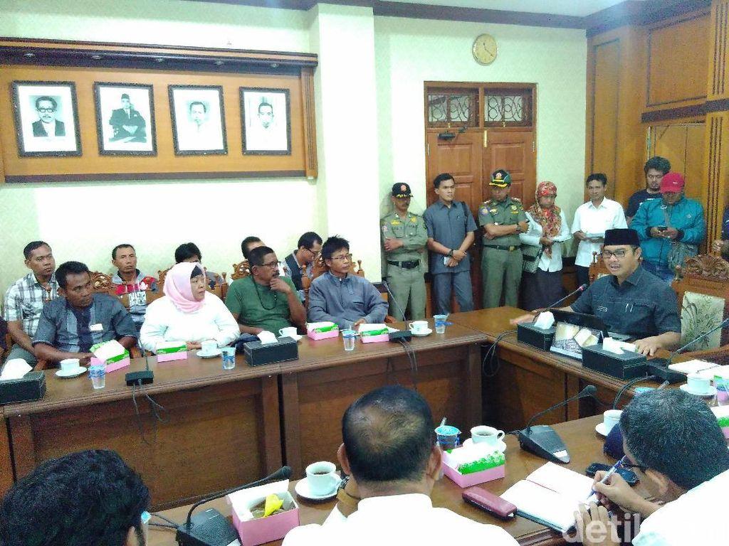 Pedagang Protes Penutupan Jalan Imbas Proyek Bandara Kulon Progo