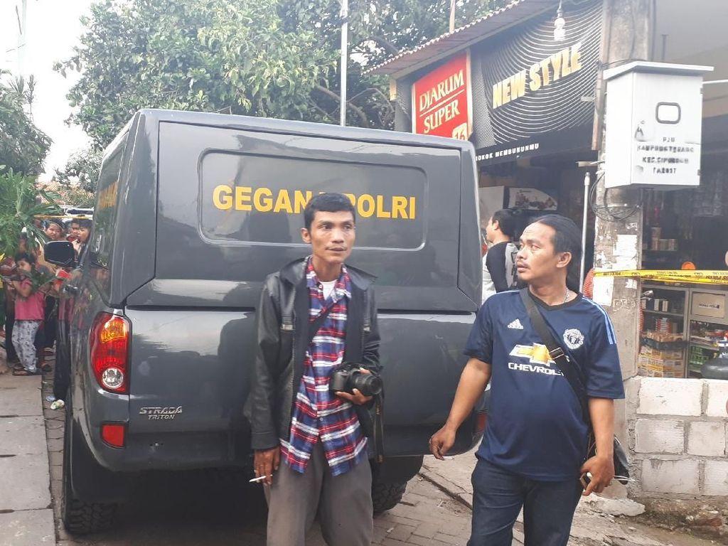 3 Orang Diamankan di Tempat Perakitan Senpi di Tangerang