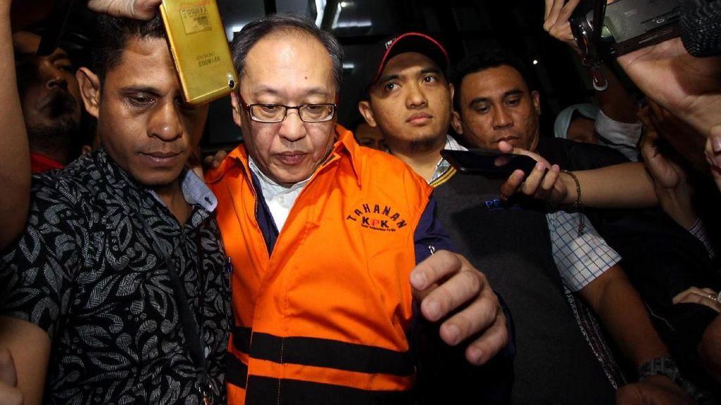 Foto: Orang Dekat Setya Novanto Ditahan KPK