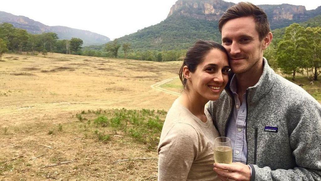 Pasangan yang Bersumpah Kunjungi 7 Benua Sebelum Punya Anak