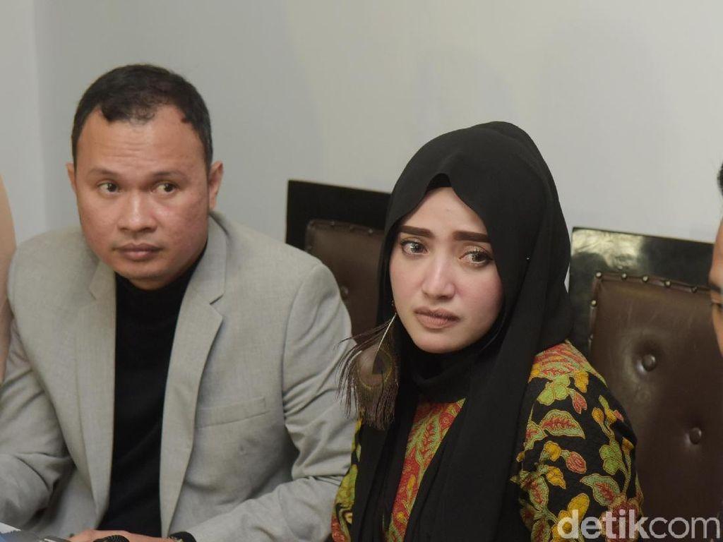 Dian Ngaku Sudah Dicerai, Yulia Mochamad Kukuh Tak Dinikahi Opick