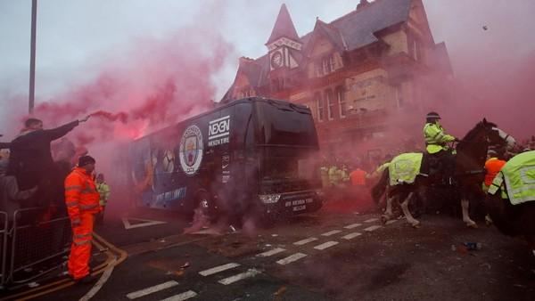 De Bruyne Tak Permasalahkan Teror Suporter Liverpool ke City