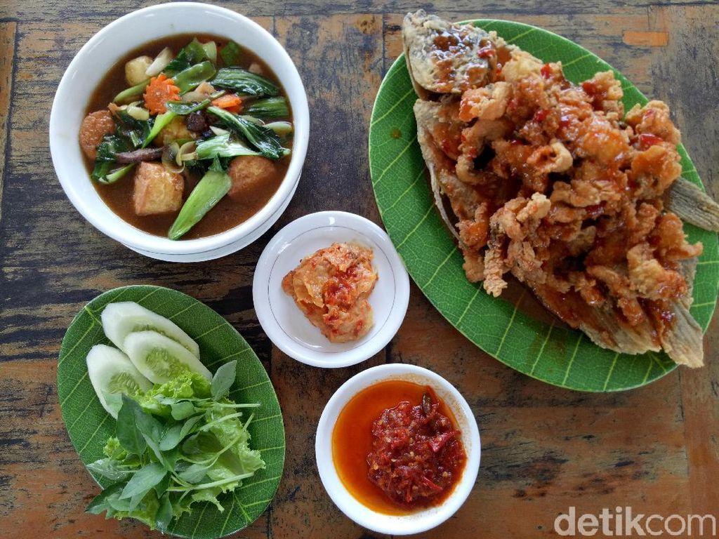 Di 5 Resto Tangsel Ini Bisa Cicip Makanan Enak Sambil Kumpul Keluarga