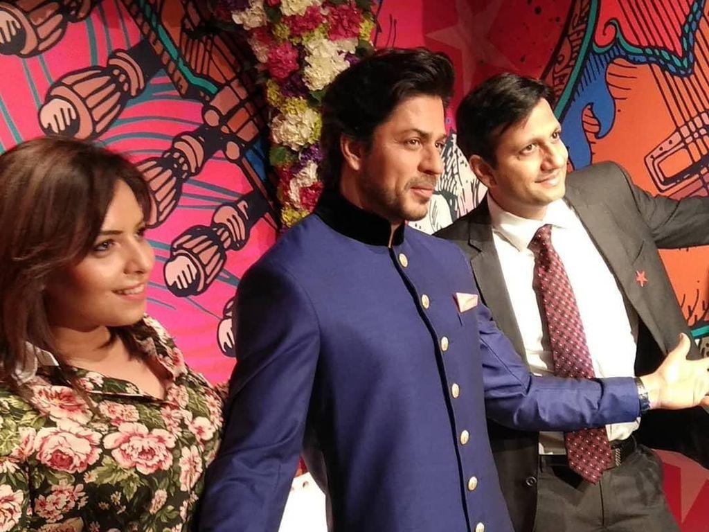 Patung Lilin Shah Rukh Khan Mejeng di Madame Tussauds Delhi