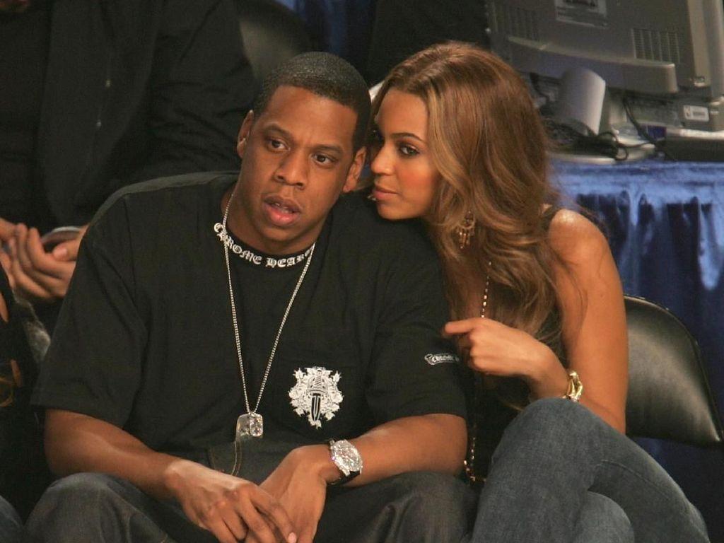 Happy Wedding Anniversary! Ini Momen Mesra Jay Z dan Beyonce