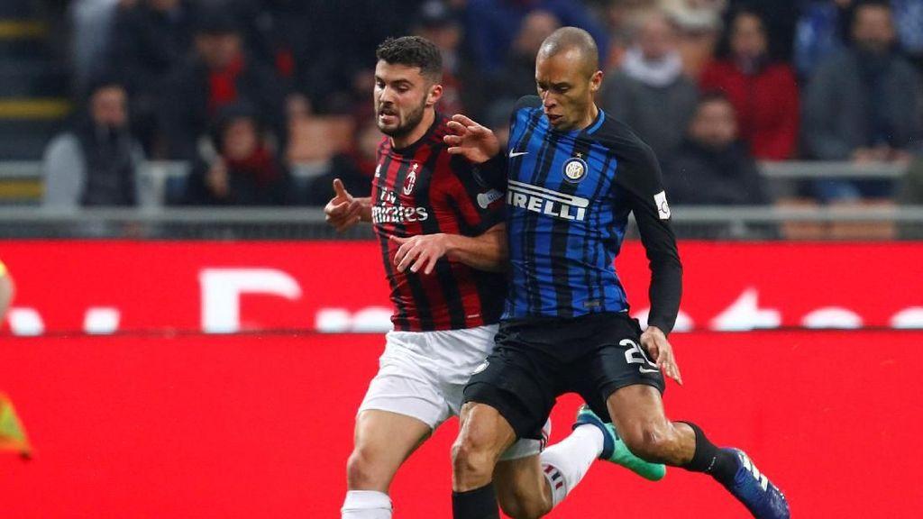 Foto: Derby Milan Tanpa Pemenang