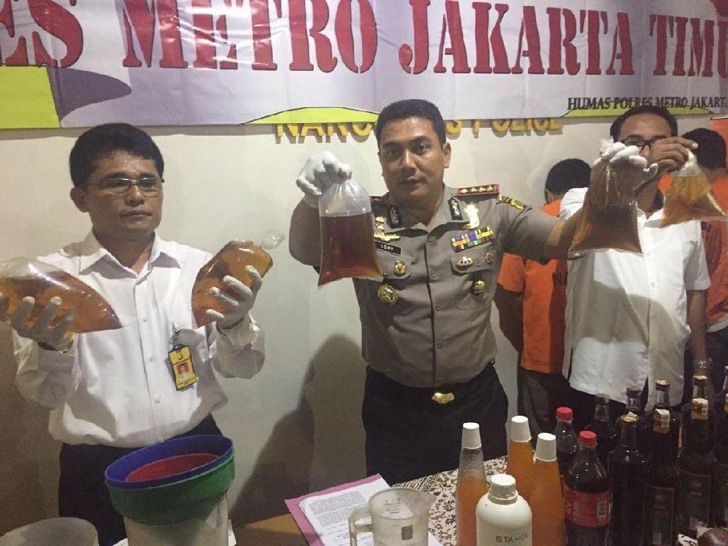 Berita Heboh: Sukmawati ke MUI hingga Prabowo Ragu Nyapres