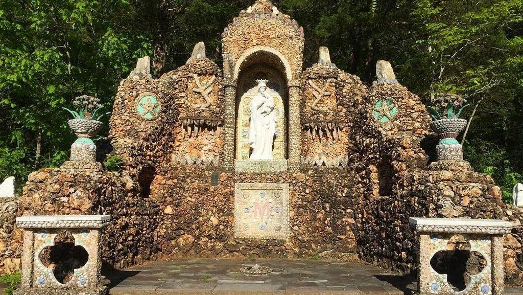 Foto: Gua Maria Ini Dibangun Selama 23 Tahun