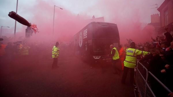Buntut Serangan ke Bus City, Liverpool Didakwa UEFA
