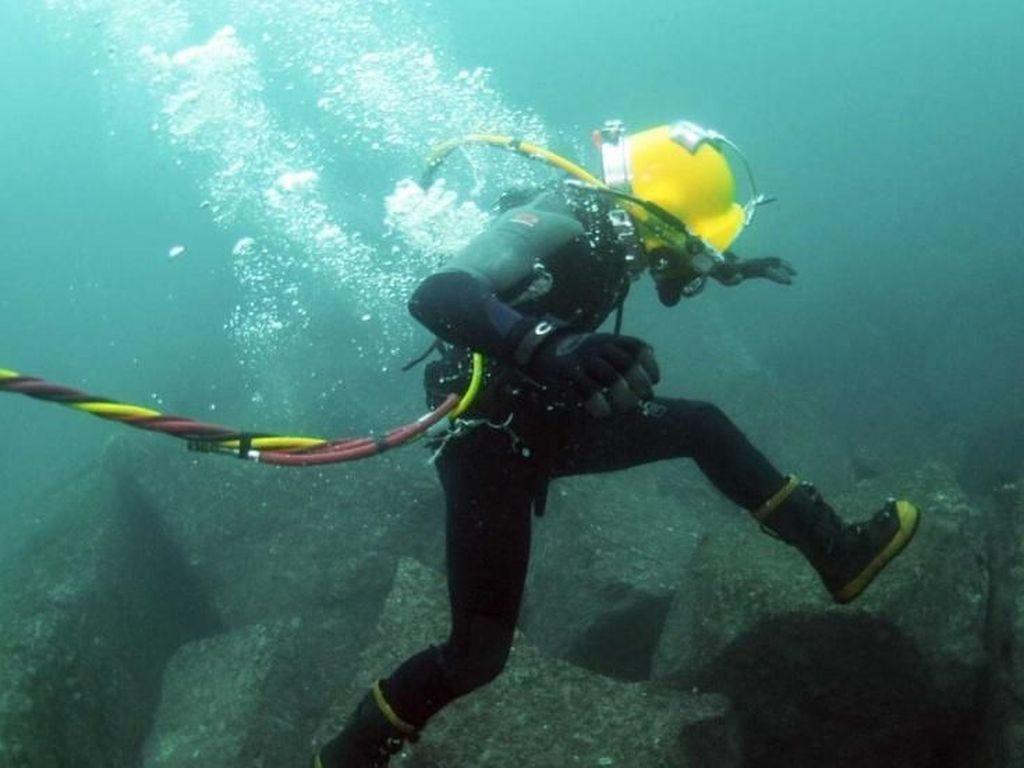 Triasmitra Menang di Kasus Pengrusakan Kabel Fiber Optik Bawah Laut