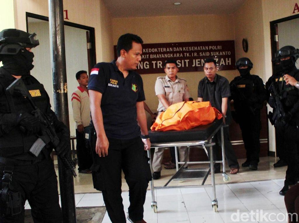 Foto: WNA Pelaku Skimming Ditembak Mati