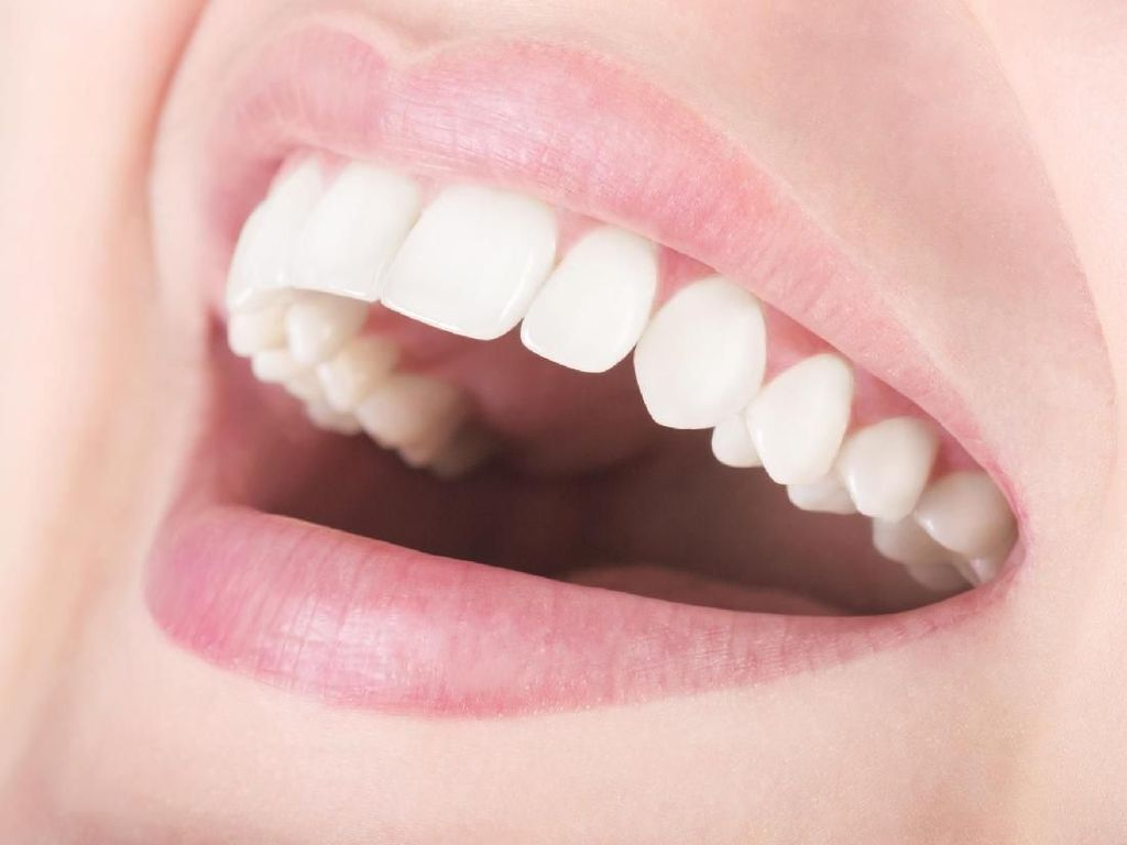 5 Cara Jaga Kesehatan Gigi dan Mulut untuk Hasilkan Senyum yang Menawan (2)