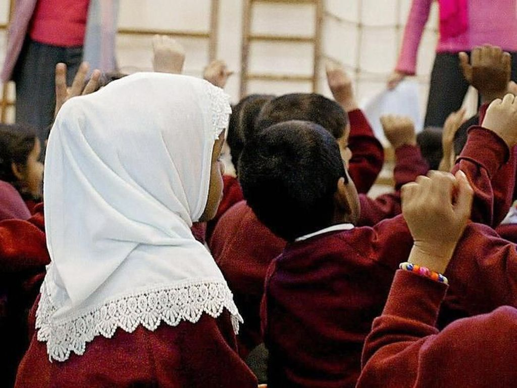 Austria Ingin Larang Hijab Bagi Anak-anak di Sekolah