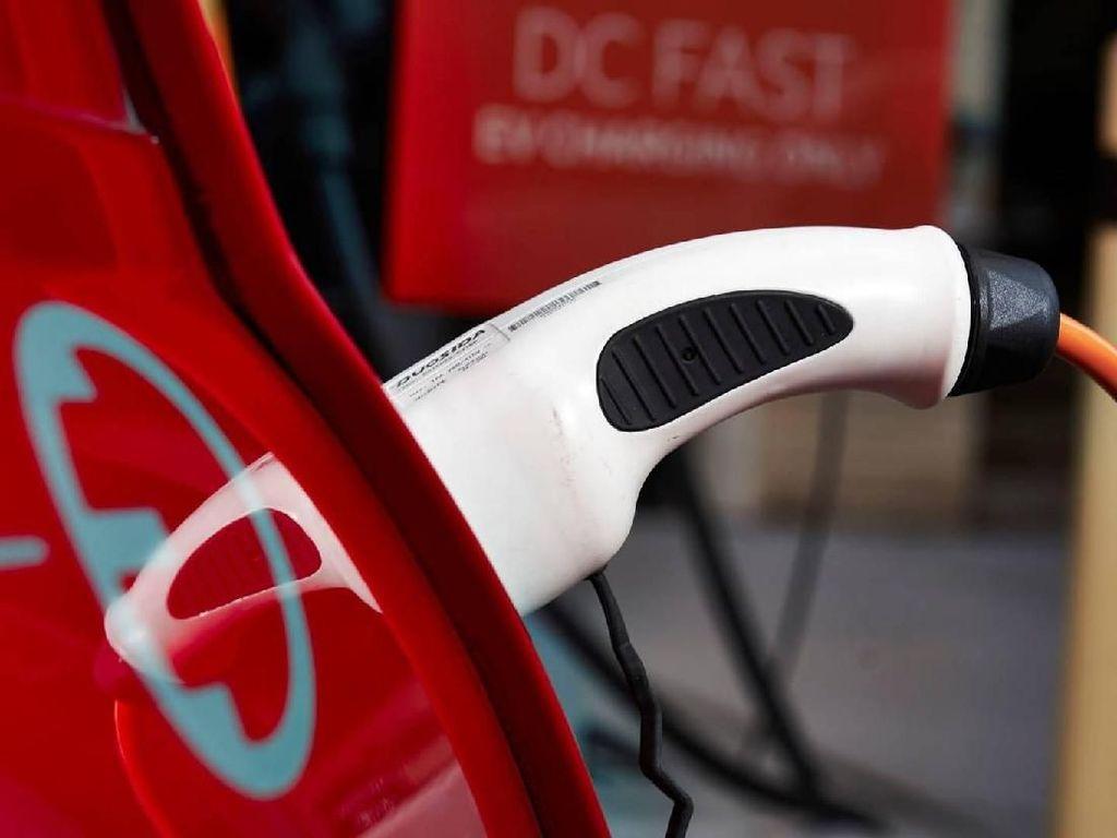 MINI Tidak Lagi Produksi Mesin Bensin Mulai 2025