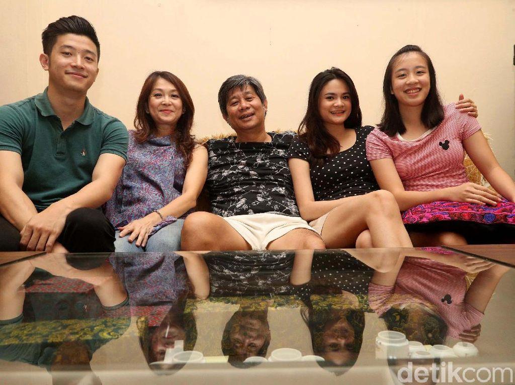 Hikmah Di Rumah Saja, Herry IP Jadi Lebih Mesra dengan Keluarga