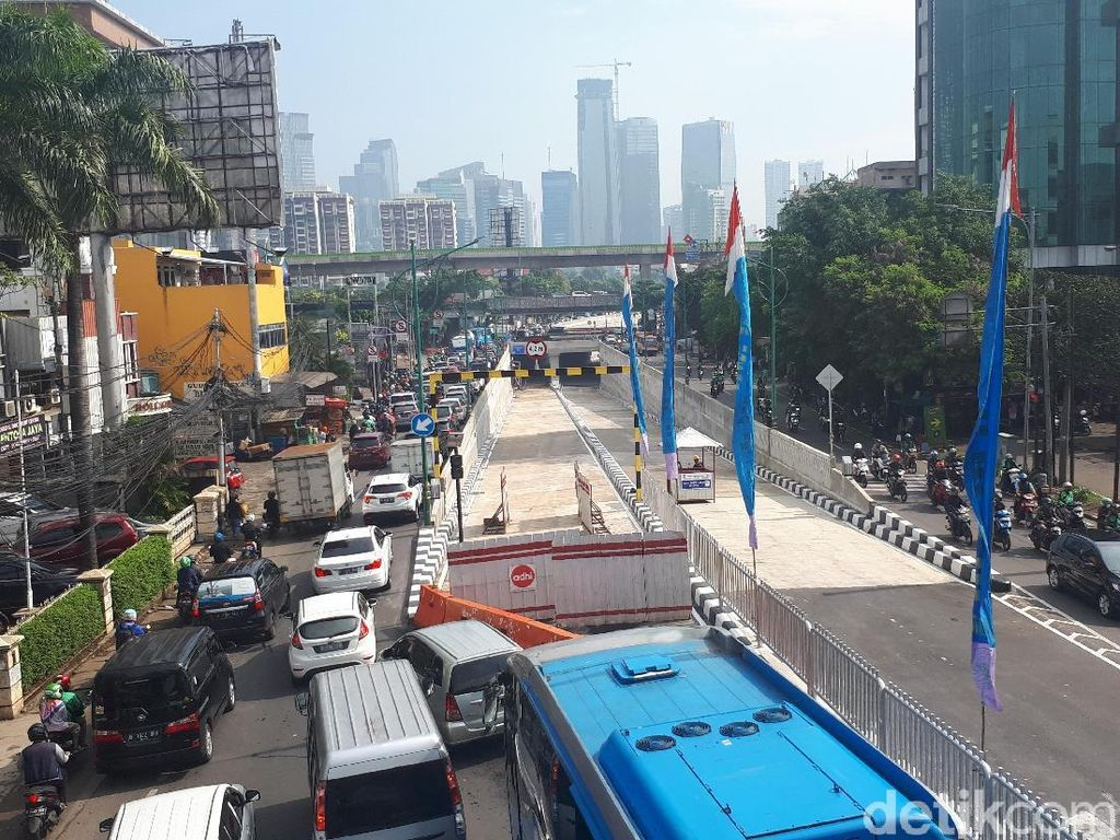 Underpass Mampang-Kuningan Batal Beroperasi Besok