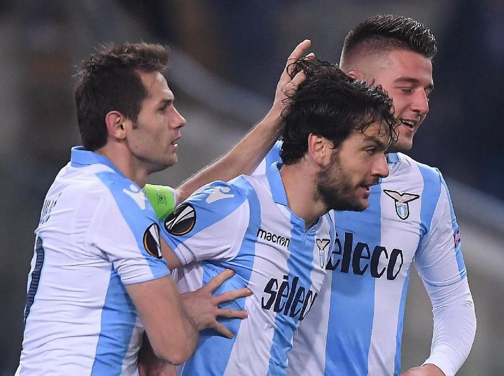 Lazio Kalahkan Salzburg 4-2