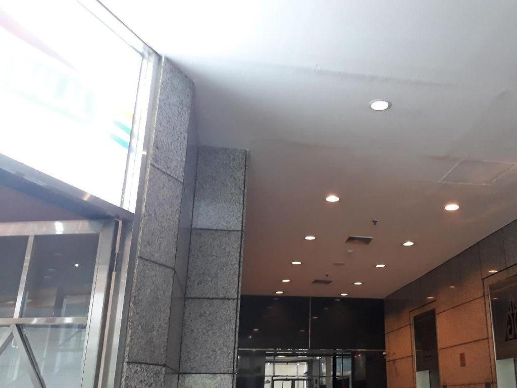 Kondisi Terkini Plafon Gedung BEI yang Kemarin Ambrol