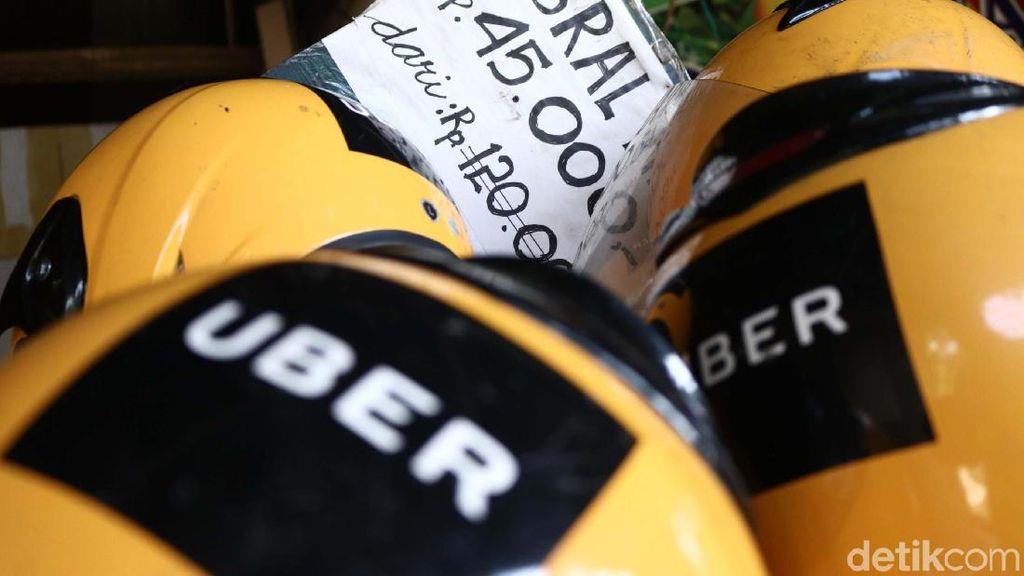 Jelang Bubar, Perlengkapan Uber Diobral