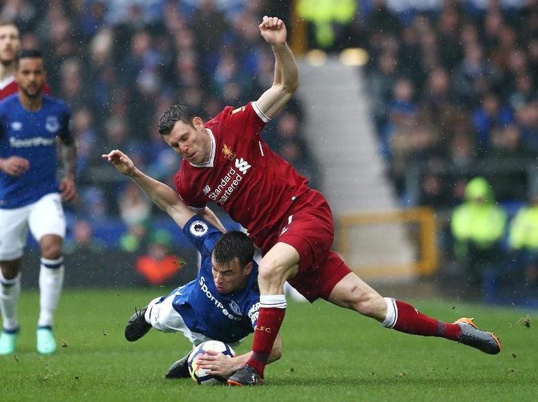 Saling Menekan, Everton vs Liverpool Masih 0-0