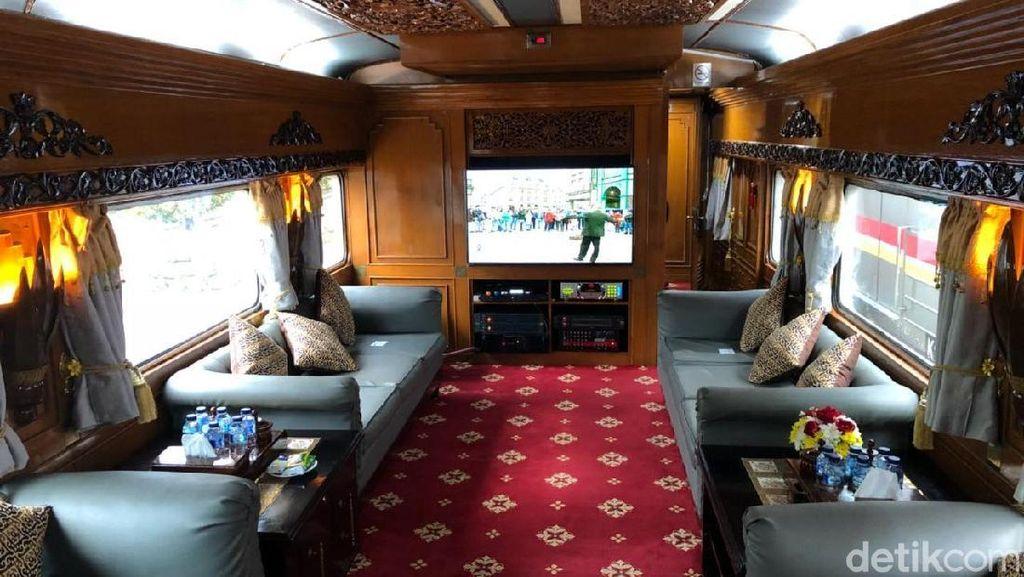 Mewah, Begini Potret Kereta Wisata yang Disewa Jokowi
