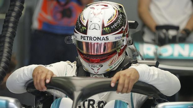 Lewis Hamilton menempati posisi start terdepan di GP Hongaria.