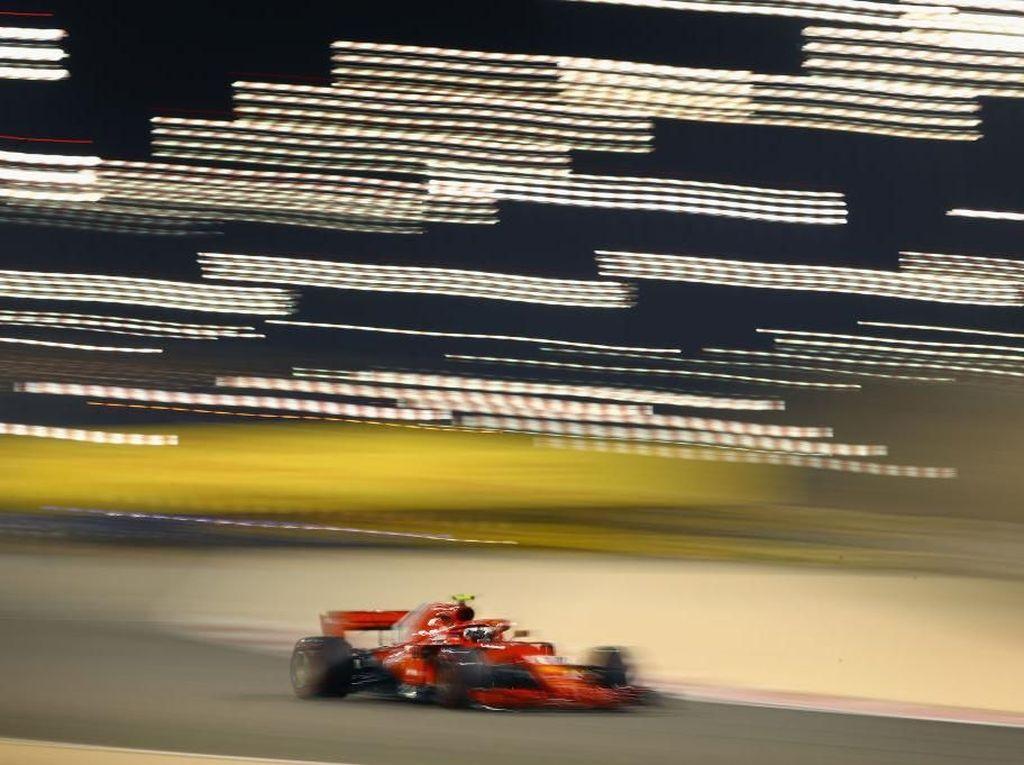 Raikkonen Kembali Tercepat, Dikuntit Duo Red Bull
