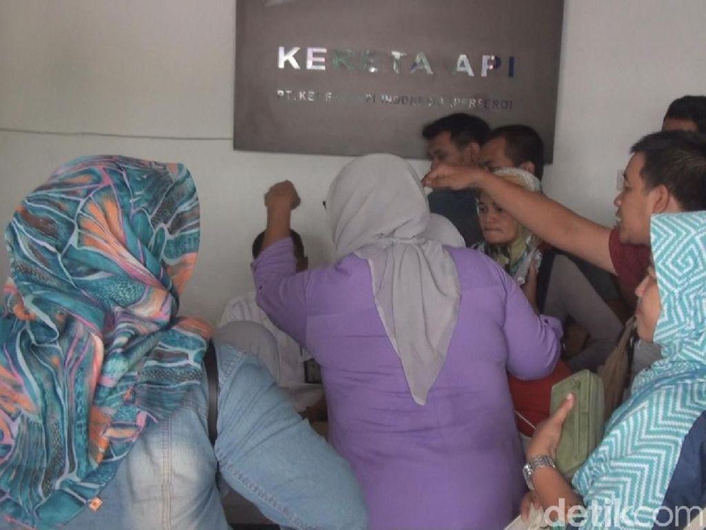 Tak Mau Refund, Calon Penumpang Marah-marah di Stasiun Mojokerto