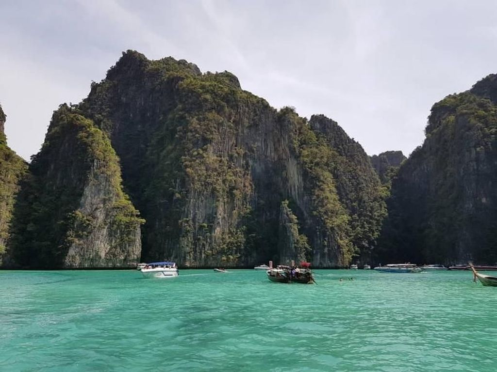 Kapal Angkut Turis China Tenggelam di Phuket, 8 Jasad Ditemukan