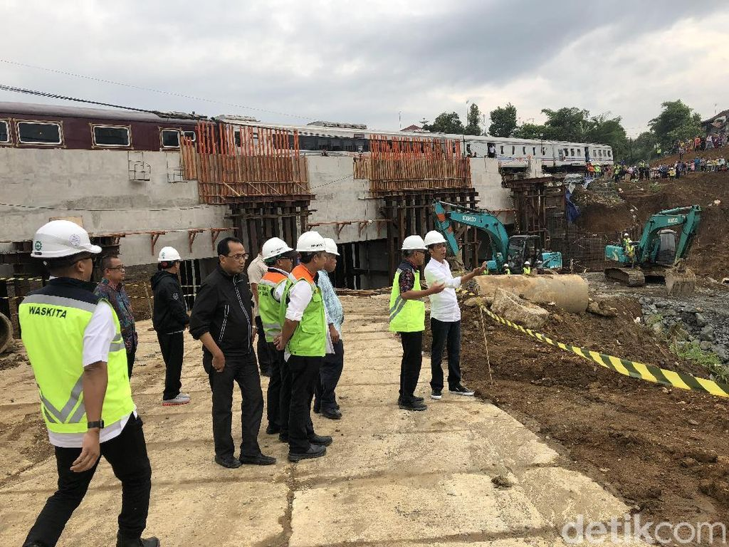 Jokowi: Tol Ciawi-Cigombong Beroperasi Juli 2018