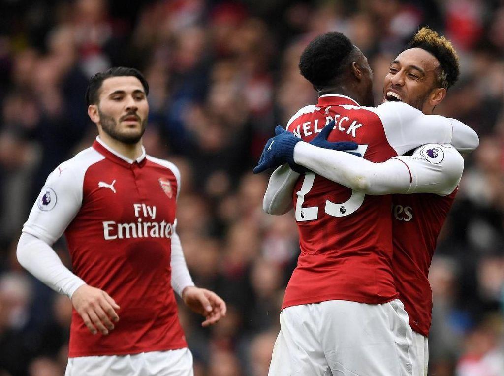 Arsenal Sementara Ungguli Southampton 2-1