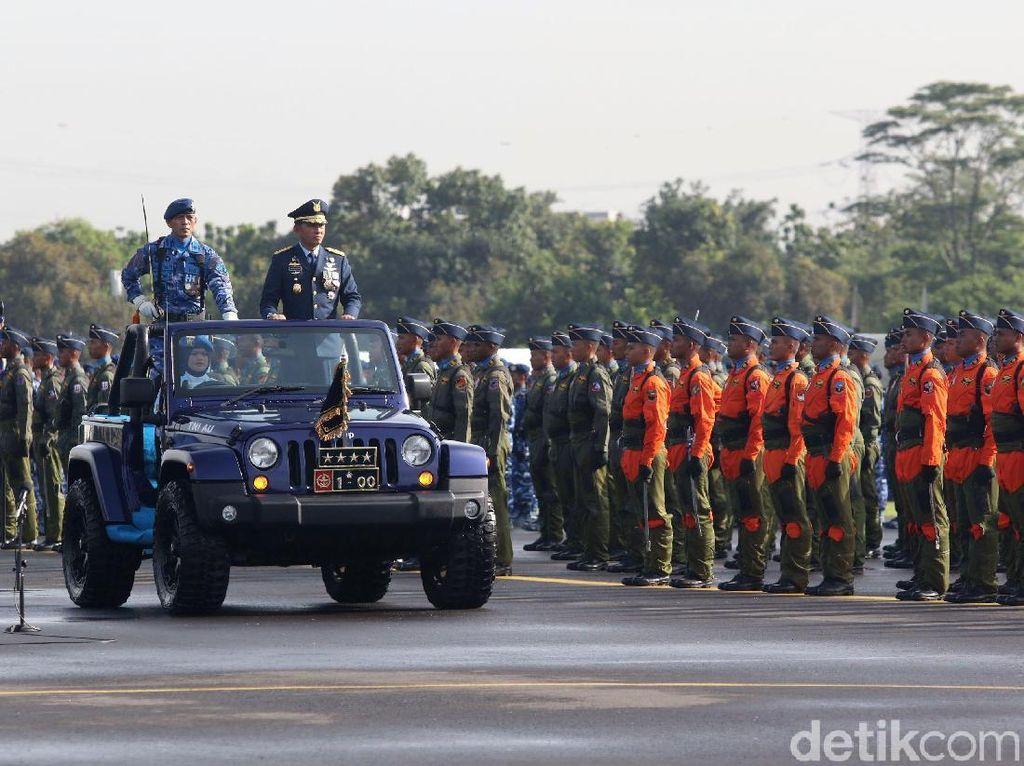 Suasana Upacara HUT ke-72 TNI AU di Lanud Halim