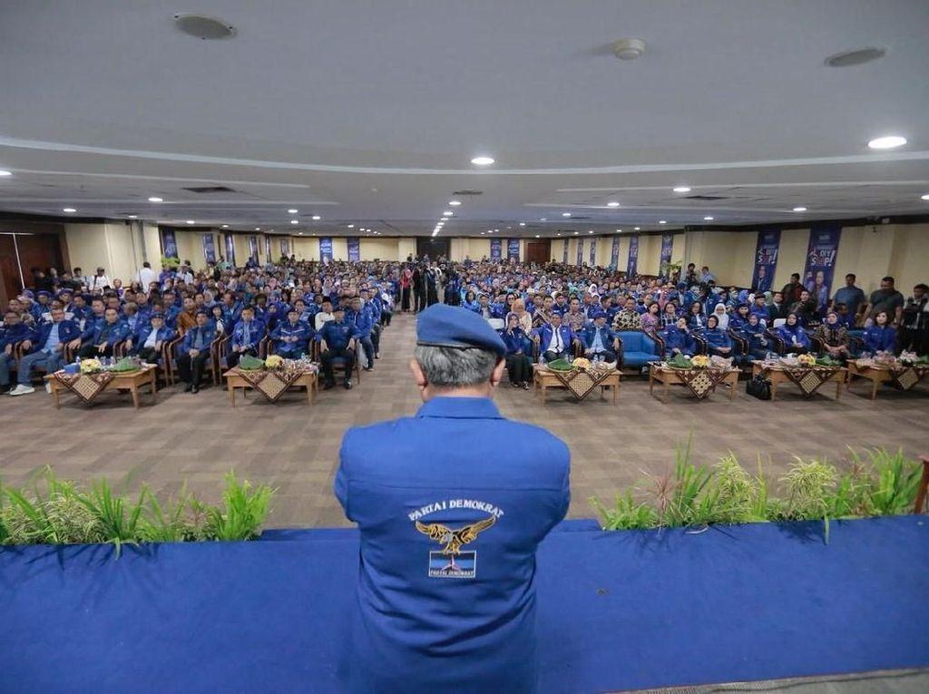 Ulah PD di Koalisi Prabowo: Tuding Ada Mahar, Izin untuk Pro-Jokowi
