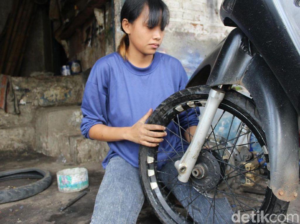 Irma Tukang Tambal Ban Cantik Diundang ke Jakarta oleh Menpora