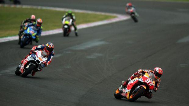 Marc Marquez melakukan sejumlah manuver berbahaya di MotoGP Argentina.