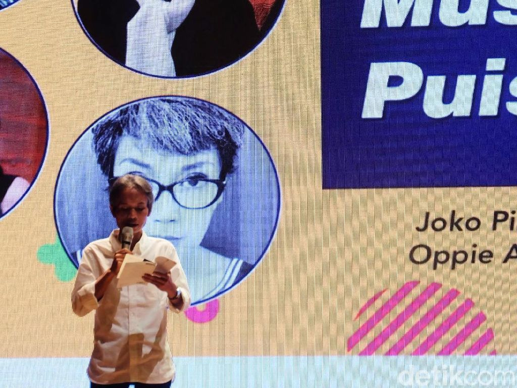 Joko Pinurbo Garap Buku Puisi Celana dengan Terjemahan Bahasa Jawa