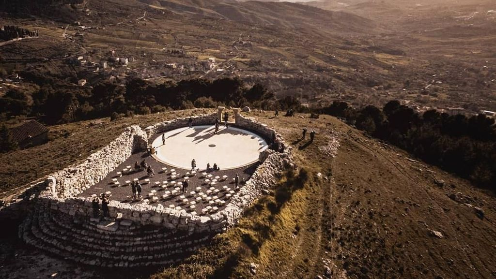 Foto: Teater Outdoor Paling Indah di Dunia