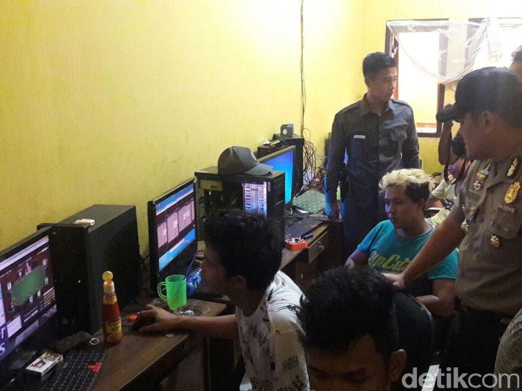 Jaringan Judi Online di Cirebon Dikendalikan dari Jakarta
