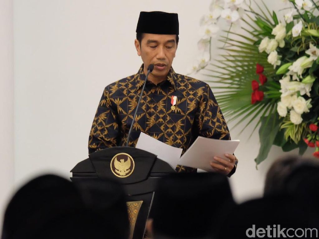 Jokowi Perintahkan Menteri Segera Eksekusi Proyek Strategis