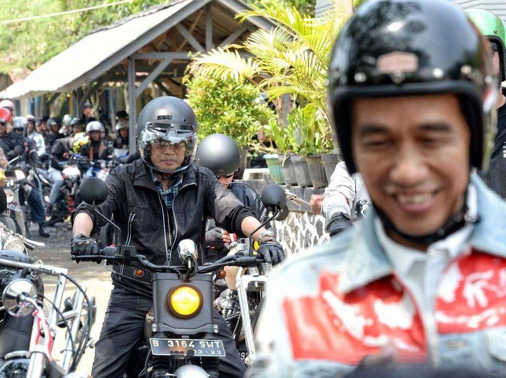 Gaya Menhub Kawal Jokowi saat Touring di Sukabumi