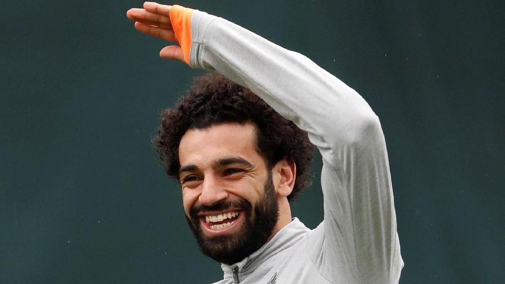 Senyum Lebar Mohamed Salah
