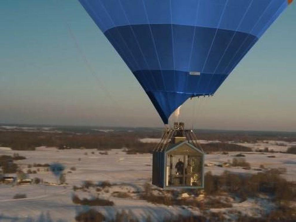 Edan, Perusahaan Ini Bikin Rumah Terbang Kayak di Film Up